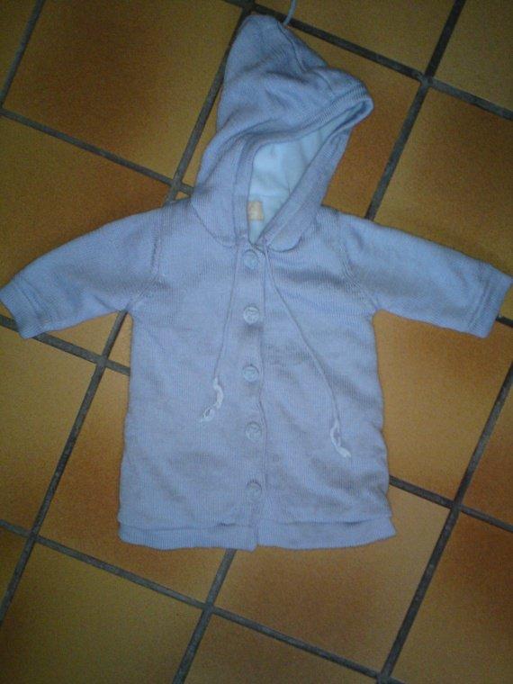 12 mois, gilet baby lulu doublé polaire, très chaud, voire description, 2 euros