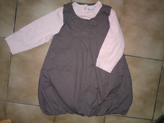 18 mois robe boule + tee-shirt TBE, 6 euros