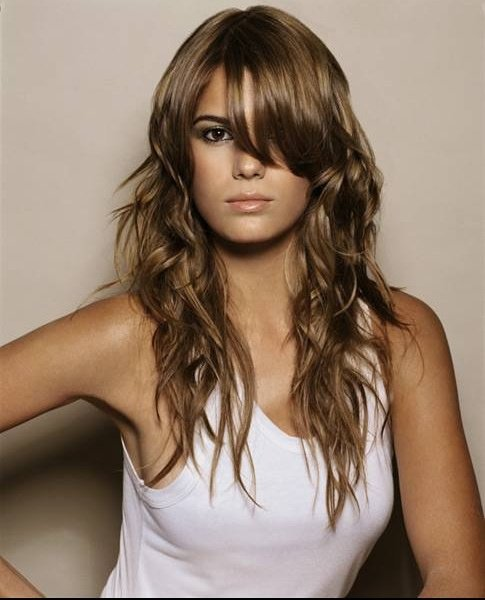 coupe cheveux long grand front