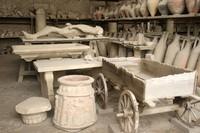 corps-petrifie-et-objets-retrouves-a-pompei-700-86529