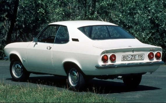 Opel_Manta_1200_S_1972_1975-57535
