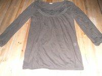 Haut camaieu T1 marron 4€ neuf jamais porté.