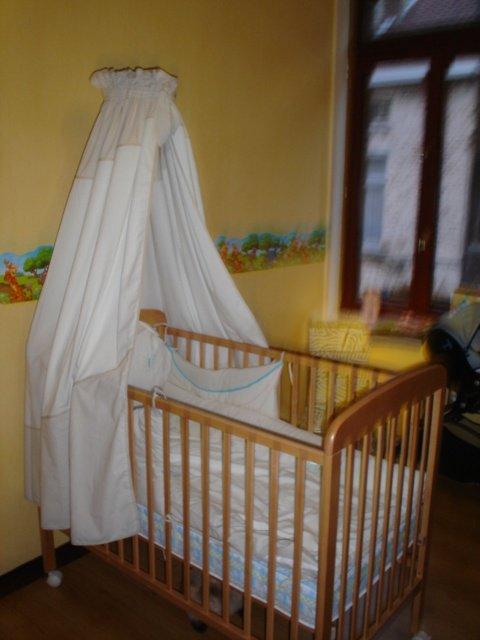 le ciel de lit et berceau les achats troyes kit kat528 photos club doctissimo. Black Bedroom Furniture Sets. Home Design Ideas