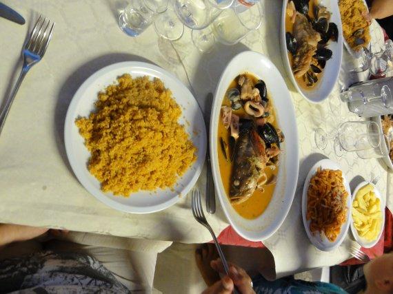 Rassemblement des deux plats
