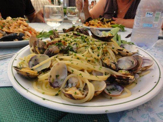 Pates aux fruits de mer + persil