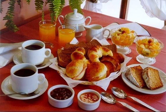 Dimanche 6 octobre Coin-repas-petit-dejeuner-cm-img