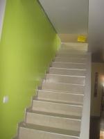 Escalier qui mène aux combles, et qui n'a pas encore de garde corps