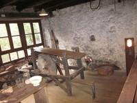 Thiers, atelier de polissage à l'étage
