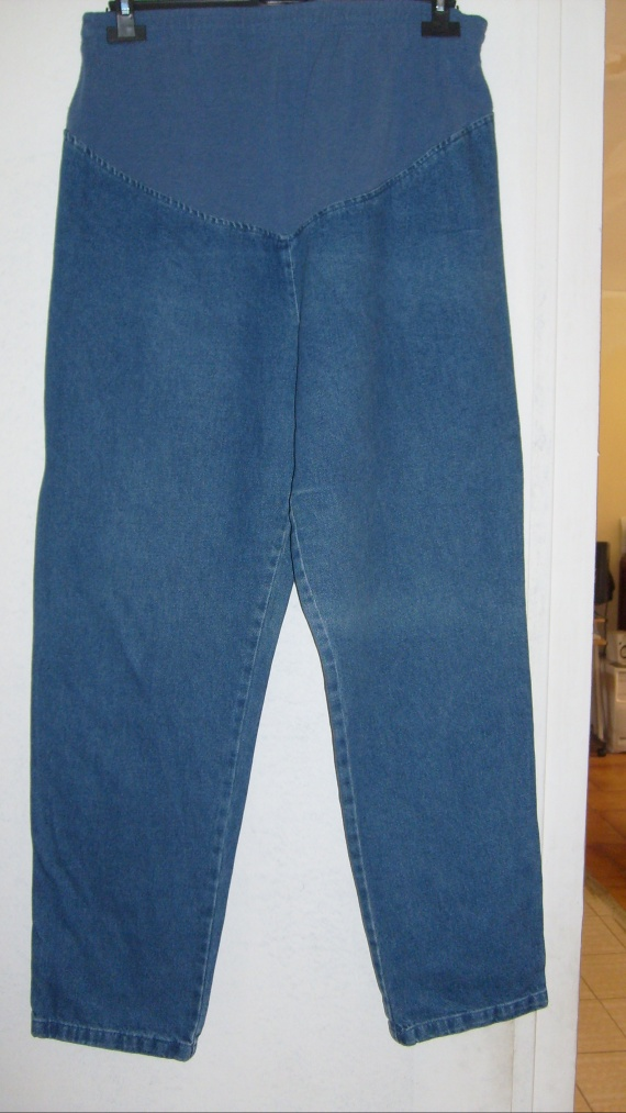 Pantalon en jean taille 44 PRIX 4 EUROS