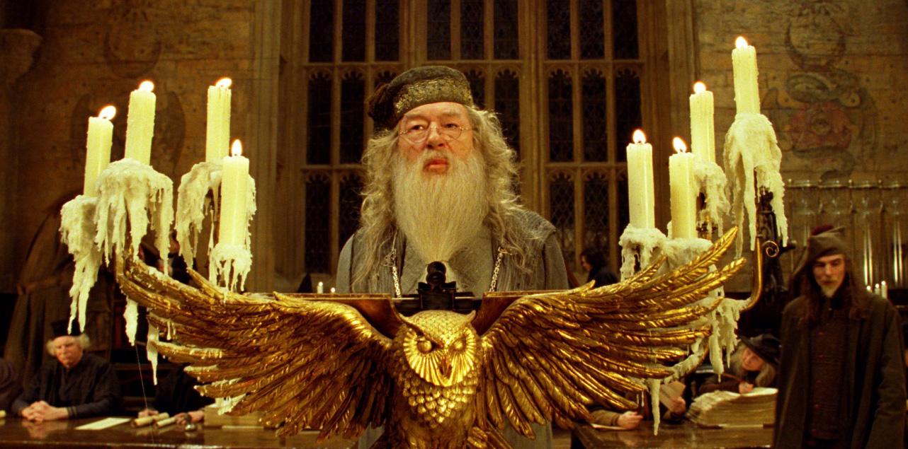 Jeu des images (version HP) - Page 5 Photos-officielles-albus-dumbledore-12-big