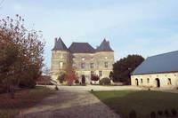 Château de Doumely dans les Ardennes