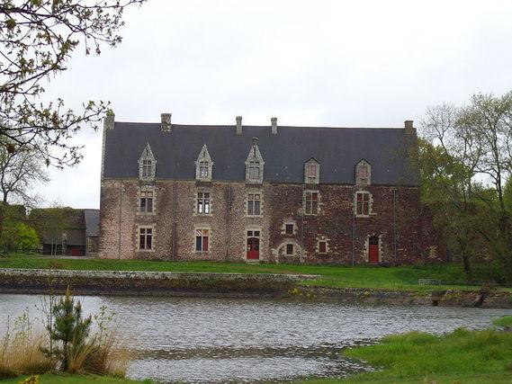 Château de Comper dans le Morbihan