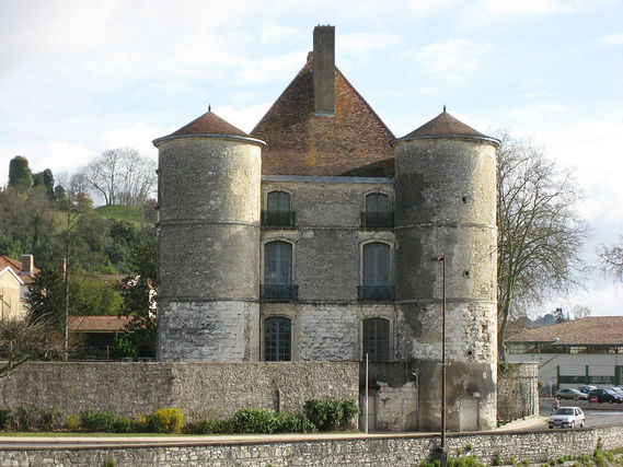 Château de Montréal dans les Landes