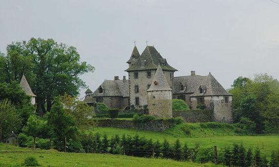 Château de Vixouze dans le Cantal
