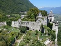 Château_de_Miolans_savoie