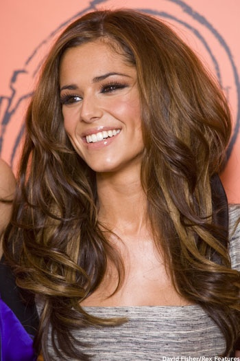la couleur de cheryl cole coiffure et coloration. Black Bedroom Furniture Sets. Home Design Ideas