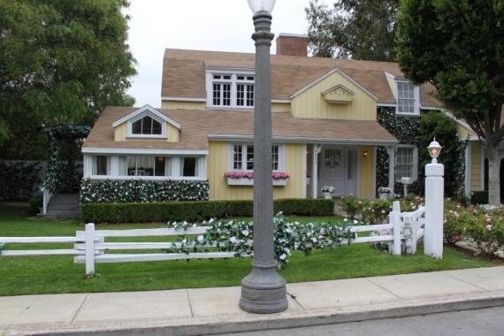 Maison de susan la seule maison r ellement remplie for Avorter seule a la maison