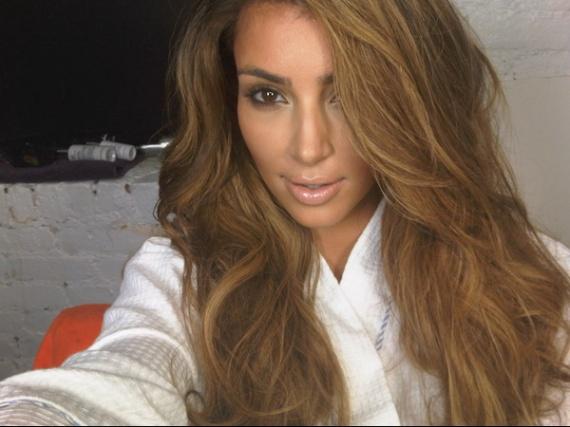 grand kim_kardashian_blonde_picture_1 - Coloration Cheveux Pour Mtisse