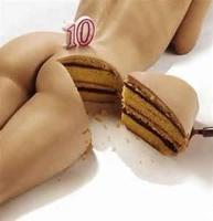 Gâteau d'anniversaire - femme nue
