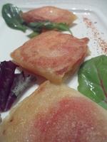 Brick de chèvre, miel, tomate et pointe de piment d'Espelette