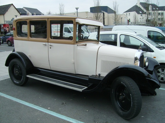 THE voiture 1927