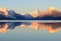 Lake_Mountains1