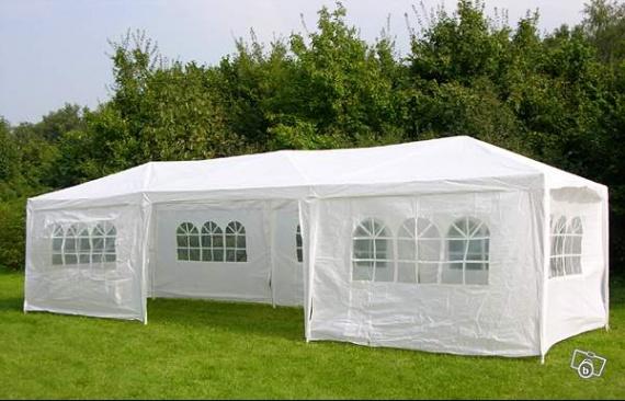 location-de-tente-de-reception-de-9x3-housses-chaise_13478117-71716264