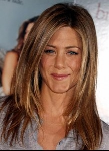 Jennifer aniston couleur de cheveux naturelle coiffures de mode moderne - Les differents blonds ...