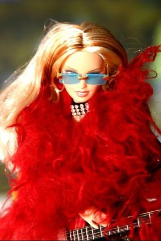 2004_06_18_Day28-Barbie1