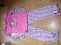 pyjama PUCCA 14 ans petite tache bleue sur le pantalon 2 €