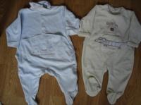 pyjama 6 mois bleu (kiabi) + vert SUCRE D'ORGE   6€ les 2