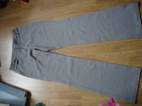 pantalon t 38   0,5€