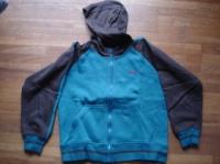 veste de survêtement à capuche dessin dans le dos 3€