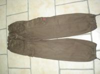 pantalon baggy marron T 38     8 €