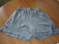 short T 38    3 €