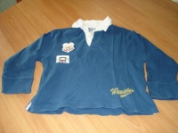 polo manches longues 6 ans 4,5 €