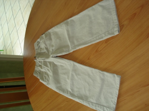 pantalon beige 6 ans