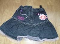 jupe en jean noir Charlotte aux fraises taille réglable (porté 1 fois) 5 €