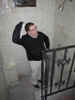 douche suite parentale (il faut descendre des marches) Il y a 2 douches à côté de la chambre
