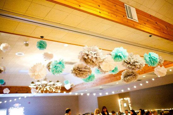 decoration-pompon-vert-eau[1]