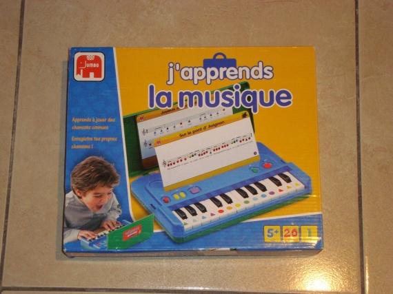 RESERVE Jeux musique NEUF 10€