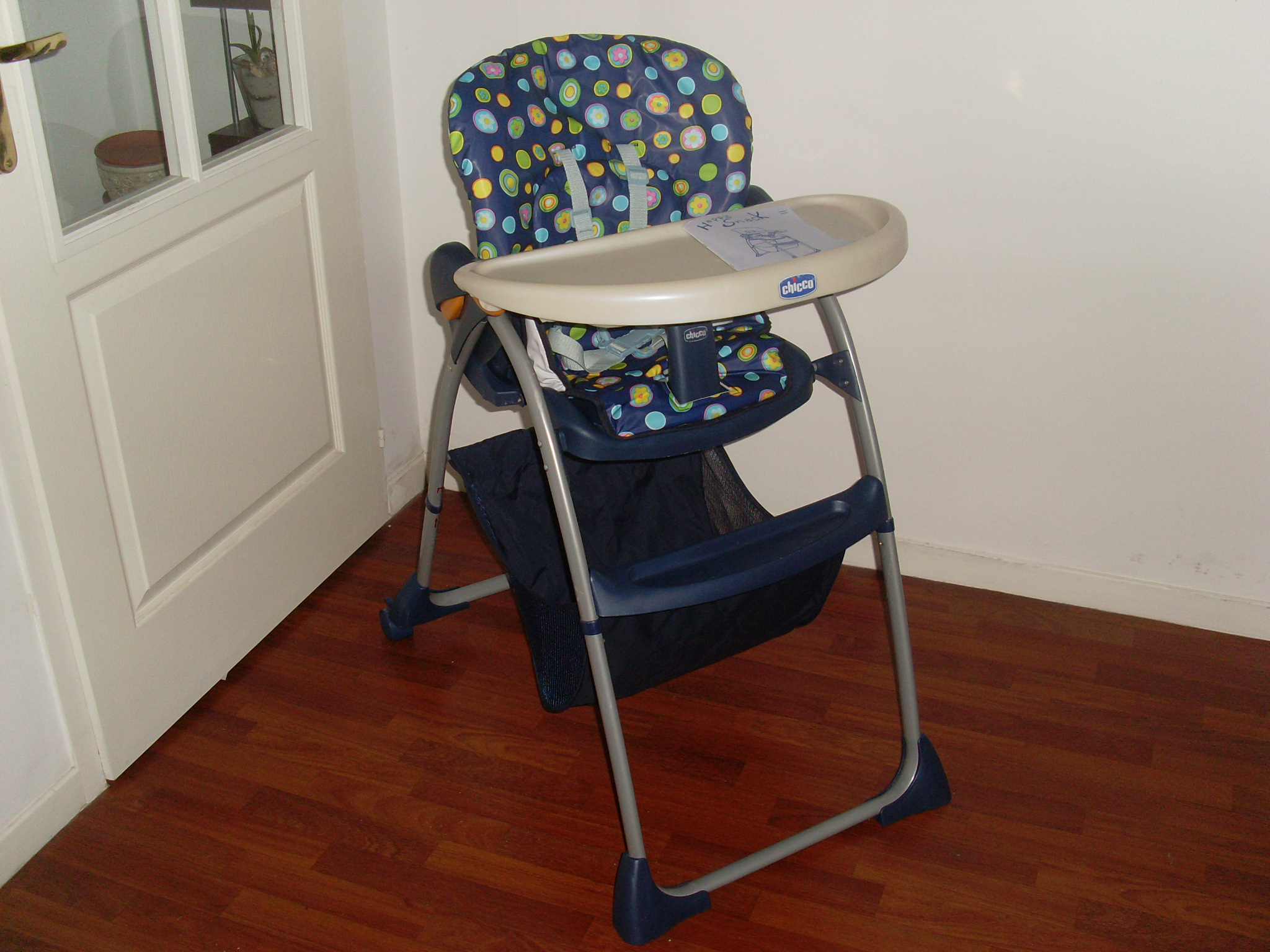 Chaise haute chicco vendus shiva59000 photos club for Chaise haute chicco