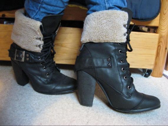 Boots et moumoute