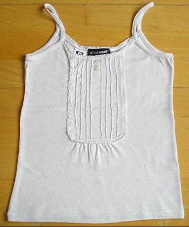 superbe débardeur blanc active wear 10 ans : 4 euros.