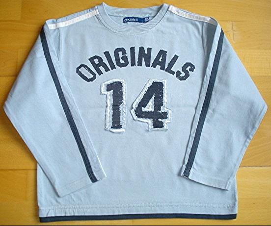 tee-shirt okaidi bleu 6 ans : 2 euros car petites taches atténuées à une manche!