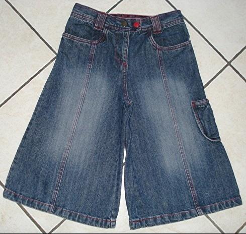 jupe-culotte jean coutures rouges réglables NKY 10 ans comme neuve! : 5 euros.