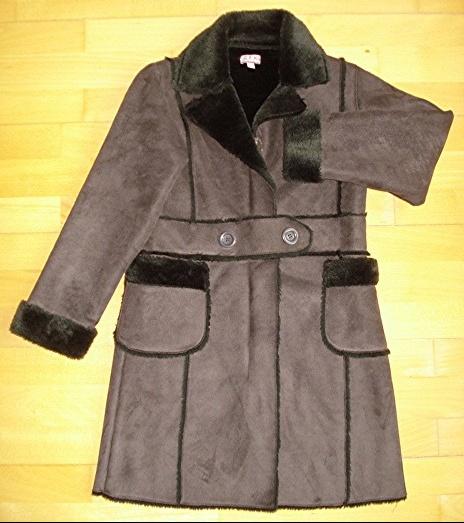 superbe manteau chocolat 10 ans porté 1X : 20 euros.