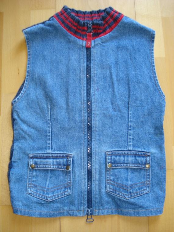 gilet sans manches jean tricot okaidi 3 euros