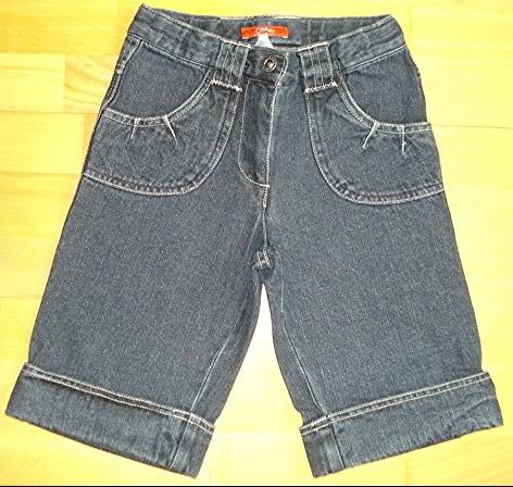 bermuda jeans O.KA.OU 9 ans taille réglable comme neuf! : 5 euros.