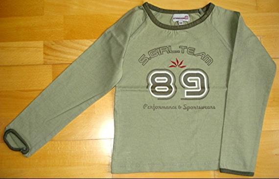 tee-shirt ML kaki mode 10 ans porté 1X : 4 euros.